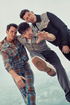 Jonas brothers: Kevin, Joe and Nick Jonas Brothers, 3 Brothers, Bae, Z Cam, Hollywood, Joe Jonas, Boy Bands, Hot Guys, Hot Men