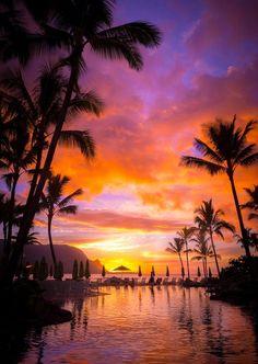 Awesome Sunset, Hanalei Bay - Kauai - Hawaii - USA