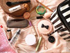 Ohhjuliana : My Travel Makeup Bag!