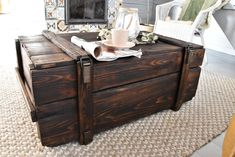 Wooden Trunks, Wooden Chest, Coffee Table Inspiration, Living Room Inspiration, Wood Table Texture, Shabby Chic Coffee Table, Steel Coffee Table, Solid Pine, Solid Wood