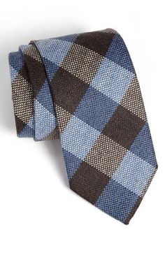 you can't go wrong with a fun textured check tie Sharp Dressed Man, Well Dressed Men, Suit Fashion, Mens Fashion, Classic Men, Classic Fashion, Tie And Pocket Square, Pocket Squares, Wool Tie