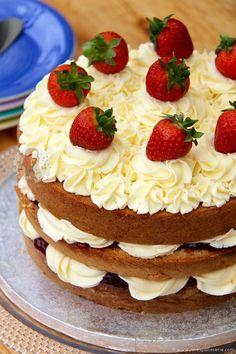 Victoria Sponge ❤️ A delicious Classic Bake – A Victoria Sponge. Soft & Light Cakes, Strawberry Jam, Vanilla Buttercream & Fresh Strawberries!