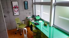 Gamasutra - WorkStation: The spaces where 22 different game-makers build worlds