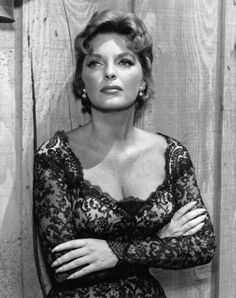 Julie London TV Photos: in many westerns of that era. Classic Actresses, Female Actresses, Beautiful Actresses, Actors & Actresses, Golden Age Of Hollywood, Vintage Hollywood, Hollywood Glamour, Classic Hollywood, Julie London