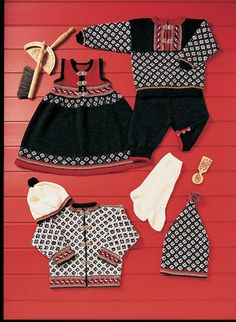 Tema 3 Knitting For Kids, Baby Knitting Patterns, Baby Patterns, Norwegian Knitting, Baby Barn, Human Babies, Baby Crafts, American Girl, Baby Dolls