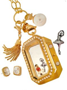Origami Owl gold Heritage Locket. Perfect for the Holiday parties! Click on the pic to order!