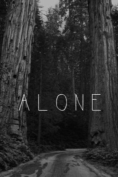 Find images and videos about black and white, sad and alone on We Heart It - the app to get lost in what you love. Sad Wallpaper, Iphone Wallpaper, Unicorns Wallpaper, Trendy Wallpaper, Phone Backgrounds, Wallpaper Backgrounds, Hipster Vintage, Indie Hipster, Wallpapers Tumblr