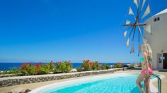 Enjoy our luxury villas in Santorini Greece