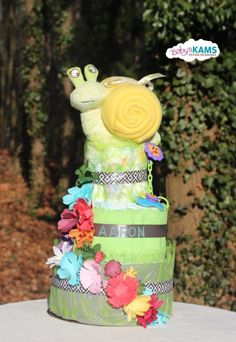 Gateau de couches mixte vert fleur Baby Shower.  Diaper cake flowers green. Great for Baby Shower