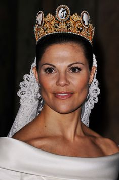 Princess Victoria Photos - Crown Princess Victoria of Sweden attends her wedding banquet at the Royal Palace on June 19, 2010 in Stockholm, Sweden. - Wedding Of Crown Princess Victoria & Daniel Westling - Banquet - Inside