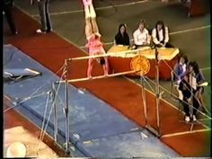 ▶ Paul Hunt Gymnastic Comedy Routine 1983 - YouTube