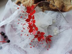 Red Flowers Headband Christmas Headband Valentine Hair Piece Red Rose Headband Red Dress Headband Gothic Headband Elegant Red Headband Tiara This hair comb with hand made flowers was created using metal wire to form flowers and vines. The petals of the flowers are made with nail polish,