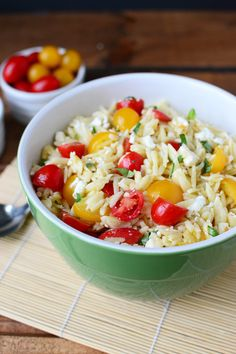 Tomato Orzo Salad with Feta and Basil. A simple yet delicious summer salad with fresh tomatoes, orzo pasta and feta cheese tossed in a basil vinaigrette. By @wellfloured