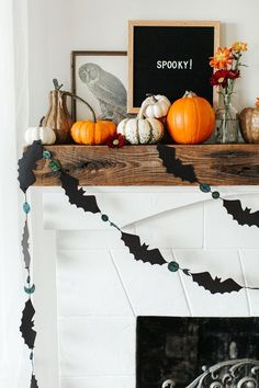 Your Halloween Mantel 3 Ways: Modern, Glam Goth & Classic In 2019 . Modern Halloween Decor, Halloween Mantel, Halloween Fashion, Diy Halloween Decorations, Holidays Halloween, Halloween Crafts, Vintage Halloween, Halloween 2019, Halloween Decorating Ideas