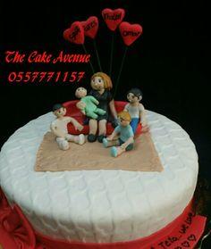 Happy family cake Family Cake, Happy Family, Birthday Cake, Desserts, Food, Birthday Cakes, Meal, Deserts, Essen