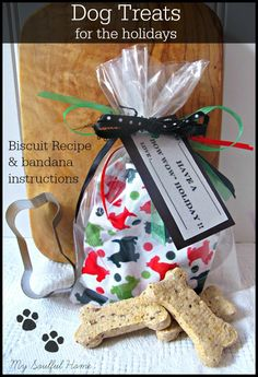 Dog Treat - Biscuit Recipe & bandana instructions Yummy biscuit your pooch will devour & a snazzy bandana for the holidays or anytime.  Cute gift & great craft for fairs.