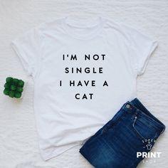 GO VEGAN RIGHT MEOW Mens Funny Cat T-Shirt Vegetarian Animal Rights Slogan Top