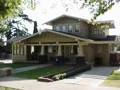 Craftsman would love to have as a pool or guest house