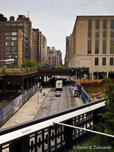 High Line, New York, at 30th Street by DBZ Photo, via Flickr