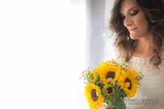Foto de la novia con el ramo