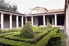 """Peristyle Garden at the """"House of Menander,"""" Pompeii"""
