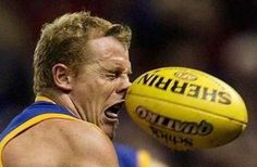 31 Crazy and Funny Sports Photos Taken at The Right Moment