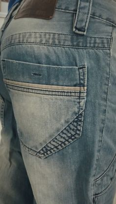 Per Pochi Denim Fashion, Fashion Pants, Estilo Jeans, Surf Wear, Raw Denim, Denim Pants, Jeans Style, Jogging, Drill