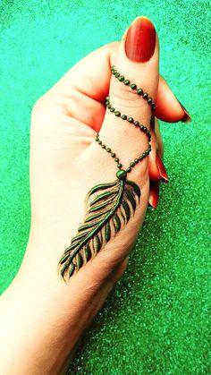 Pretty Henna Designs, Finger Henna Designs, Simple Arabic Mehndi Designs, Modern Mehndi Designs, Mehndi Designs For Girls, Mehndi Designs For Beginners, Mehndi Design Photos, New Bridal Mehndi Designs, Mehndi Designs For Fingers