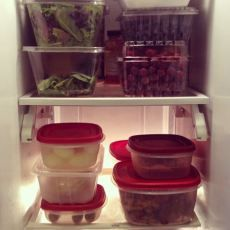 Meal Planning Tips for Dieters: My 1,200 calorie meal plan. #fitness #diet #weightloss #chobani #isopure #loseit