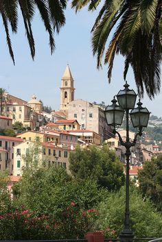 Veduta di Ventimiglia, Liguria, Italy
