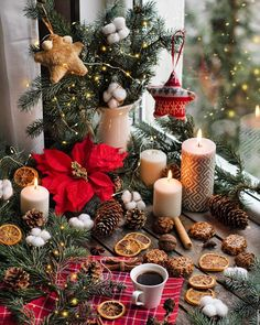 Image in Winter collection by 𝒦𝓇𝒾𝓈𝓉𝒾𝓃𝒶 ℛ𝑜𝓂𝒶𝓃𝑜𝓋𝒶 Christmas Mood, Christmas Is Coming, Pink Christmas, Rustic Christmas, Christmas Wreaths, Christmas Decorations, Xmas, Table Decorations, Holiday Decor
