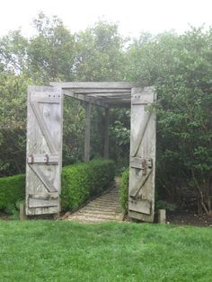 gate and path idea from Madoo- the garden of artist Robert Dash in Sagaponack NY