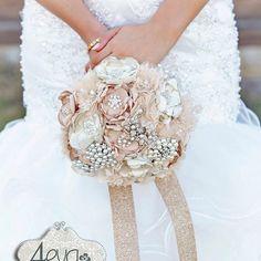 Vintage brooch wedding bouquet.