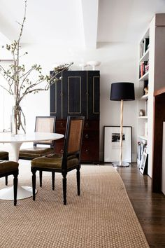 Love the chairs! Peter Som's New York City Apartment - Celebrity Home - Lonny