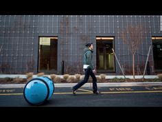 Vespa's New Robot Will Carry Your Groceries