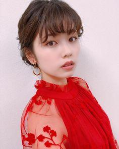 小柴風花 Asian Woman, Pretty Girls, Flower Girl Dresses, Disney Princess, Disney Characters, Wedding Dresses, Lady, Cute, People