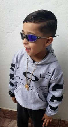 Toddler Boy Outfits, Toddler Boys, Kids Boys, Young Cute Boys, Gucci Kids, Tumblr Girls, Kids And Parenting, Cute Babies, Street Wear