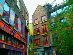 Neil's Yard in London | Europe a la Carte Travel Blog