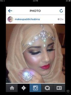 Arab Makeup How To Be Indie, Arabic Makeup, Septum Ring, Halloween Face Makeup, Earrings, Wedding, Jewelry, Fashion, Kaftan
