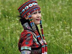 Google Afbeeldingen resultaat voor http://seedofjapheth.files.wordpress.com/2011/08/the_drooping_charm_of_mongolian_women__lianchui003e17b3d146d6cacb03.jpg