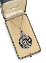 Pendant Necklace c1920. Diamond, onyx, platinum