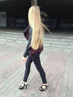 ✌ Learn some tips and trick to keep your hair as lustrous as extensions #hairextensions #hairtips