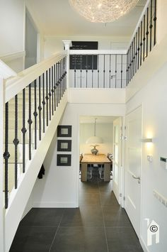 Black and white Open Trap, House On Stilts, Stair Railing, Railings, House Goals, Stairways, Interior Design Living Room, Home And Living, Future House