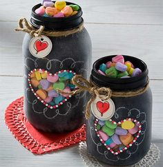 There are hundreds of ideas to create DIY valentine crafts such as from candy jar to a bunch of roses with beautiful decoration and beautiful cards.