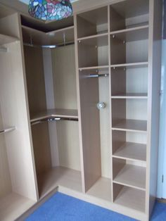 Corner Closet, Corner Wardrobe, Wardrobe Design Bedroom, Master Bedroom Closet, Bedroom Wardrobe, Wardrobe Closet, Bedroom Cupboard Designs, Bedroom Cupboards, Walk In Closet Design