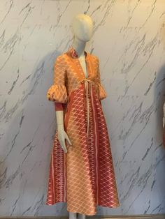 Model Kebaya Brokat Modern, Kebaya Modern Dress, Kebaya Dress, Dress Pesta, Blouse Dress, Batik Kebaya, Batik Dress, Prom Outfits, Casual Dress Outfits