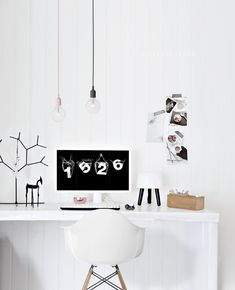 Only Deco Love: Interior Design love the rubber tree and horse