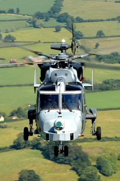 Fleet of new Wildcat will replace the Lynx,being rolled out. Military Helicopter, Military Aircraft, Westland Lynx, Battlefield Games, Turbine Engine, Remote Control Boat, British Armed Forces, Royal Navy, Indiana