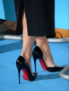Christian Louboutin Iriza. Tacchi Close-Up #Shoes #Tacones #Heels