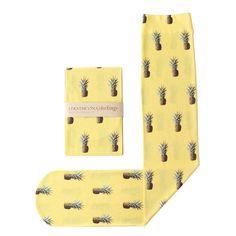 Doesn't everyone need pineapple socks? yeah i need pineapple socks Pineapple Socks, Pineapple Print, Pineapple Yellow, Pineapple Express, Motifs Textiles, Cute Socks, Designer Socks, Mellow Yellow, Mode Style